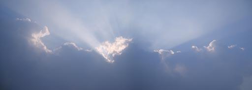 梧桐山·山头上的天空